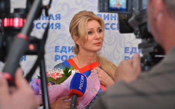 Вика Цыганова намерена вернуть Хабаровску статус столицы ДФО