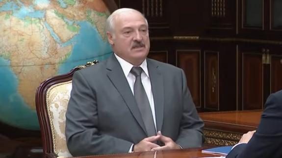 Лукашенко пообещал в день рождения купить себе телочку за свои деньги