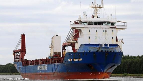 Сухогруз с американскими патрульными катерами прибудет в Одессу в шесть вечера