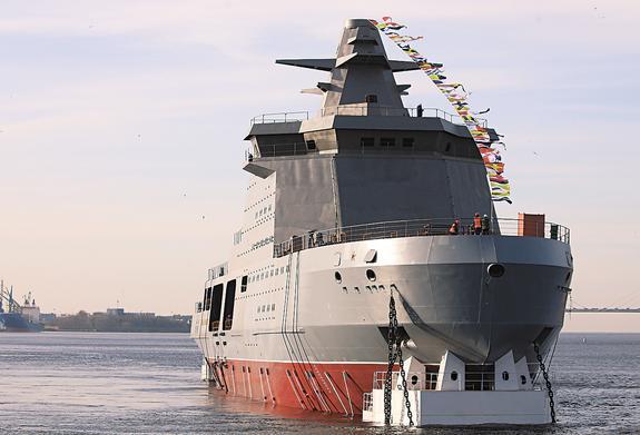 Военные ледоколы берут Арктику под охрану