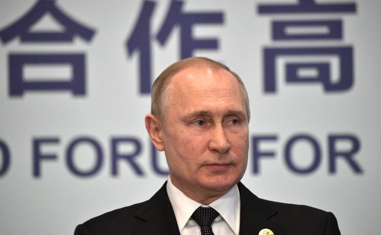 """Песков рассказал, что  """"Прямая линия"""" с Владимиром Путиным будет летом"""