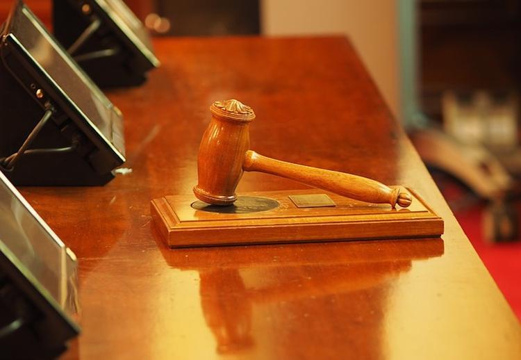 Адвокат: на отца трех сестер Хачатурян могут завести дело посмертно