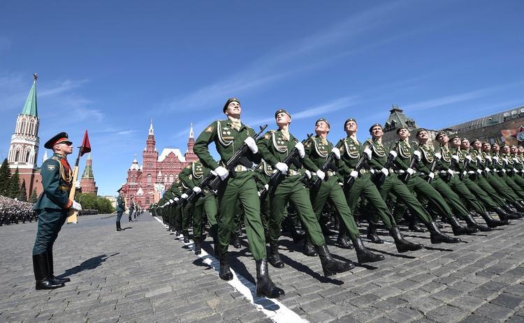 В Кремле объяснили, почему на параде 9 Мая в этом году не будет иностранных лидеров