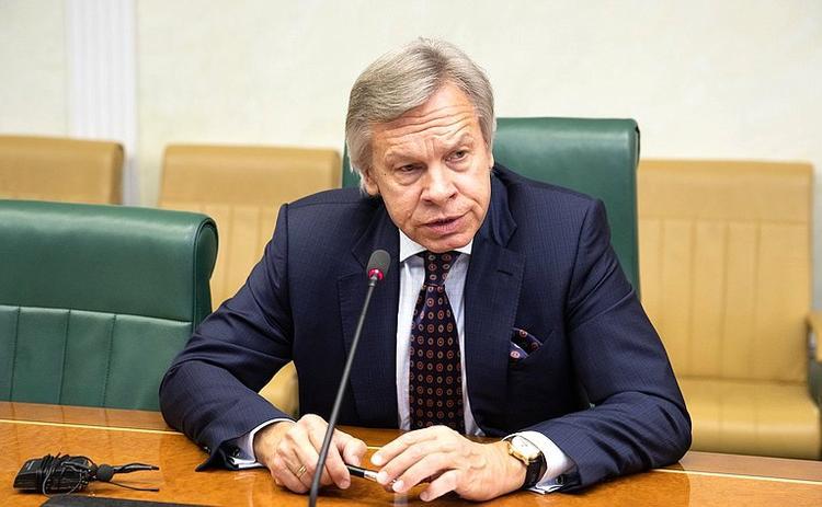 Пушков отреагировал на отставку министра обороны Великобритании