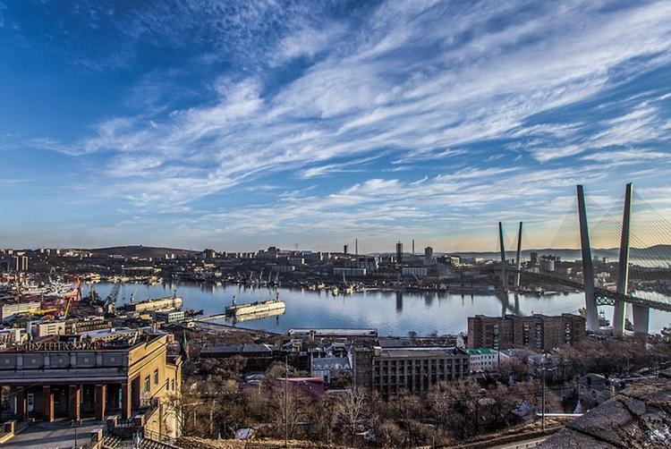 Корабли Северного флота прибыли во Владивосток
