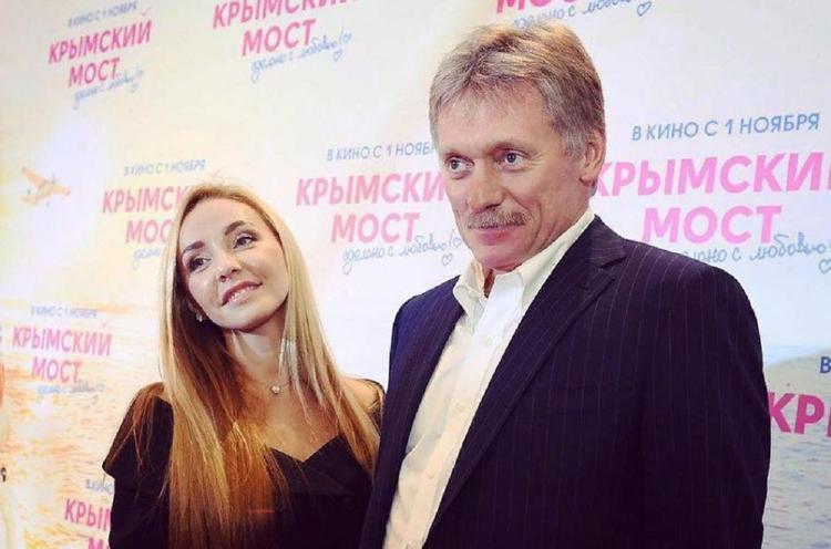 Татьяна Навка продемонстрировала фигуру в бикини