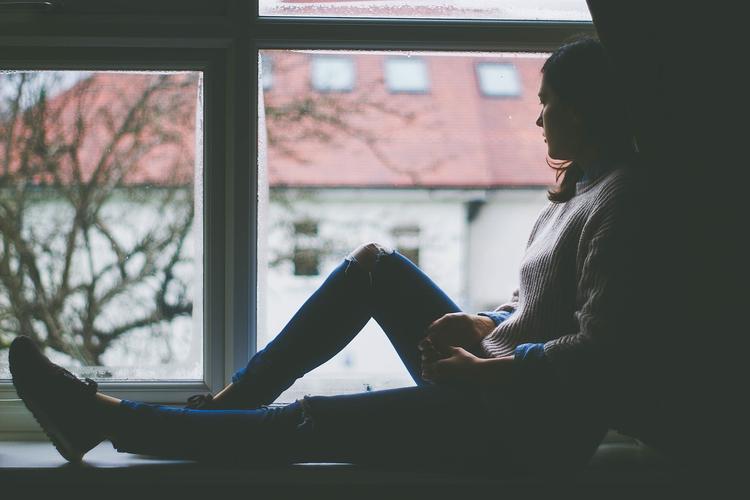 Как грустная музыка помогает при депрессии