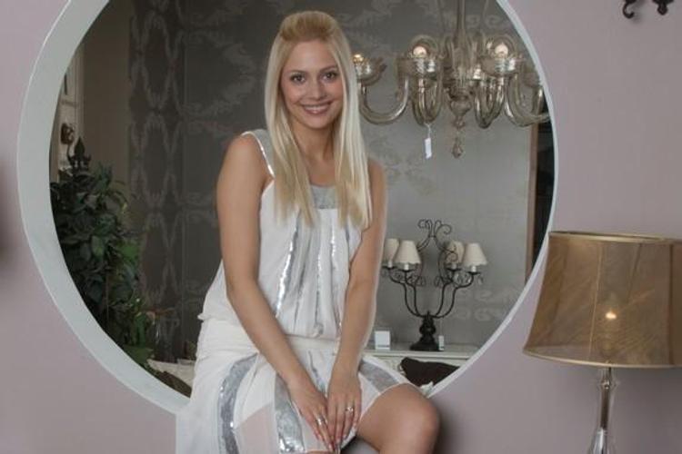 """""""Привет от жирных, целлюлитных  артисток"""", - адресовала Наталья Рудова фото в бикини злым женщинам"""