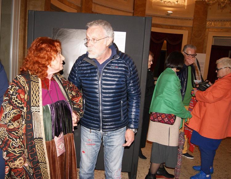 Изгнание в Падую:  Юрий Рост открыл выставку, наловил карпов, согрел кефир и предложил итальянцам учить русский язык