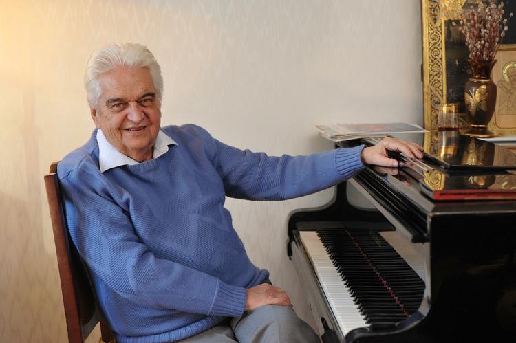 Ушел из жизни автор песен к самым известным советским мультфильмам Евгений Крылатов