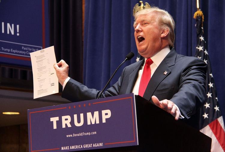 """""""Они заплатят"""": Трамп обвинил Китай в срыве торговой сделки"""
