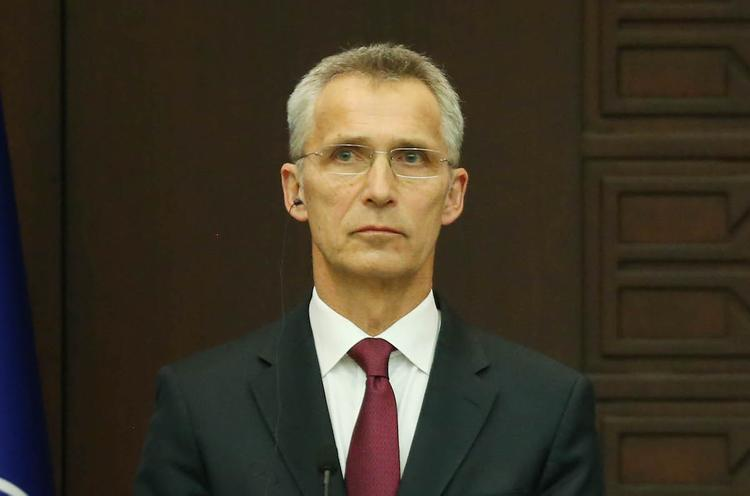 Глава НАТО на днях примет Порошенко в Брюсселе