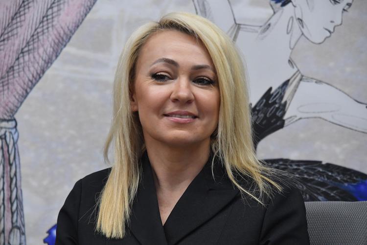 Яна Рудковская заявила, что ее младший сын не будет ходить в школу