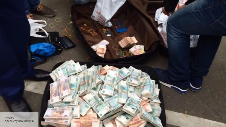 Журналисты посчитали, что можно сделать для России на 12 миллиардов, обнаруженных при обыске у полковника ФСБ