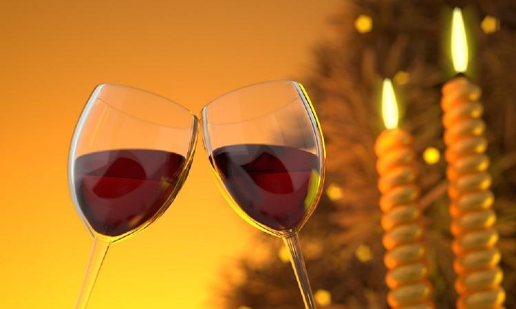 Эксперт: Что означает запрет на закупки импортных вин для чиновников