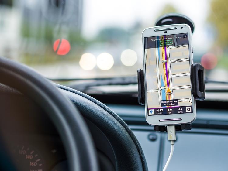 ЦОДД предупреждает водителей быть осторожнее из-за непогоды в Москве