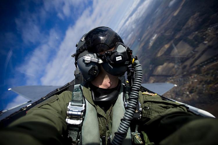 Новейшие авианосцы США оказались несовместимы со стелс-истребителями F-35