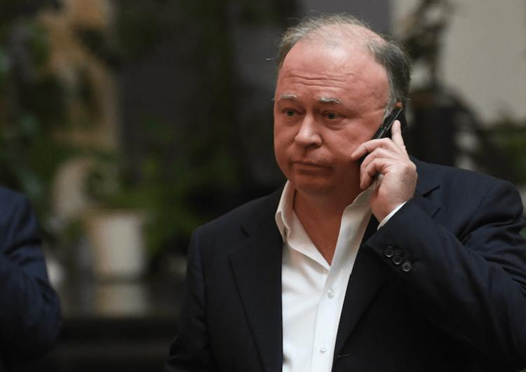 Журналист Андрей Караулов прокомментировал ситуацию с задержанием Ивана Голунова