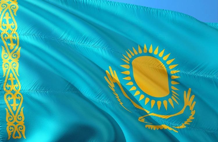 В Казахстане проходят внеочередные выборы президента страны