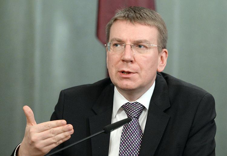 Министра иностранных дел Латвии затравили в социальных сетях за Россию