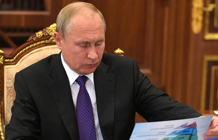 Песков рассказал, как президент России готовится к прямой линии