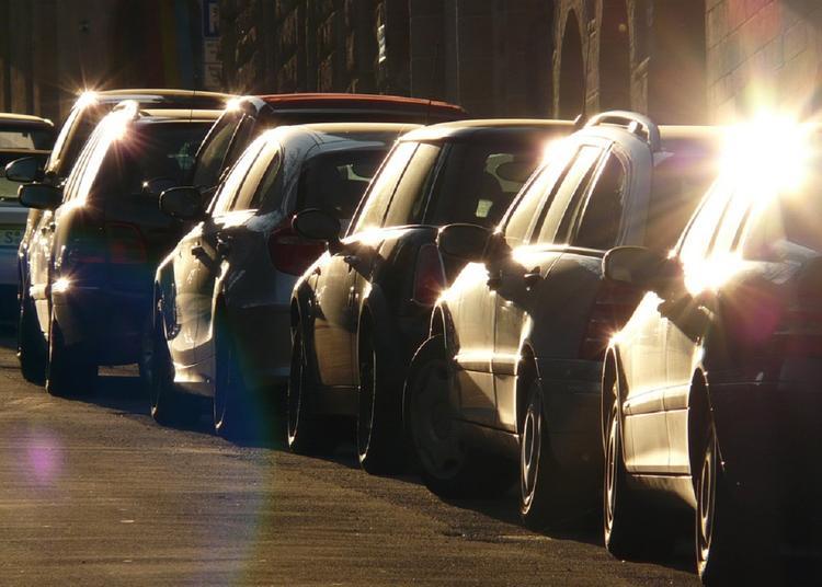 Первые 10 минут парковки могут стать бесплатными