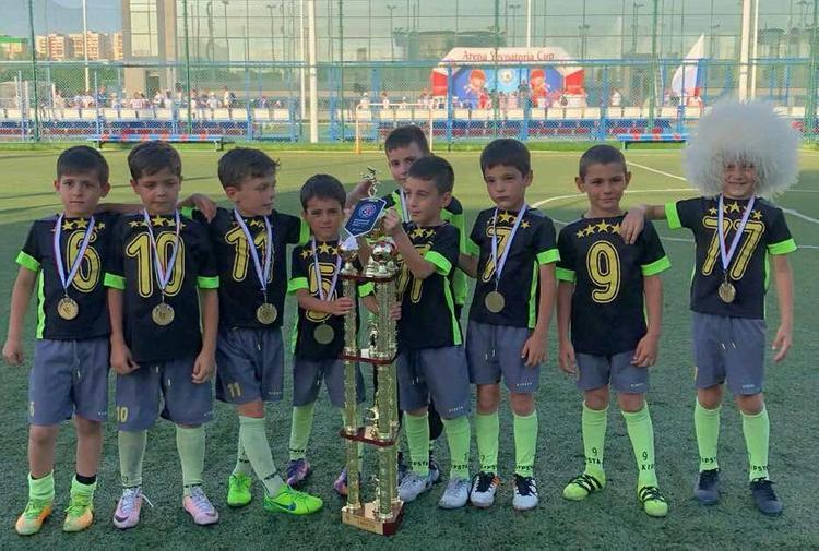 Юные футболисты Дагестана выиграли турнир в Крыму