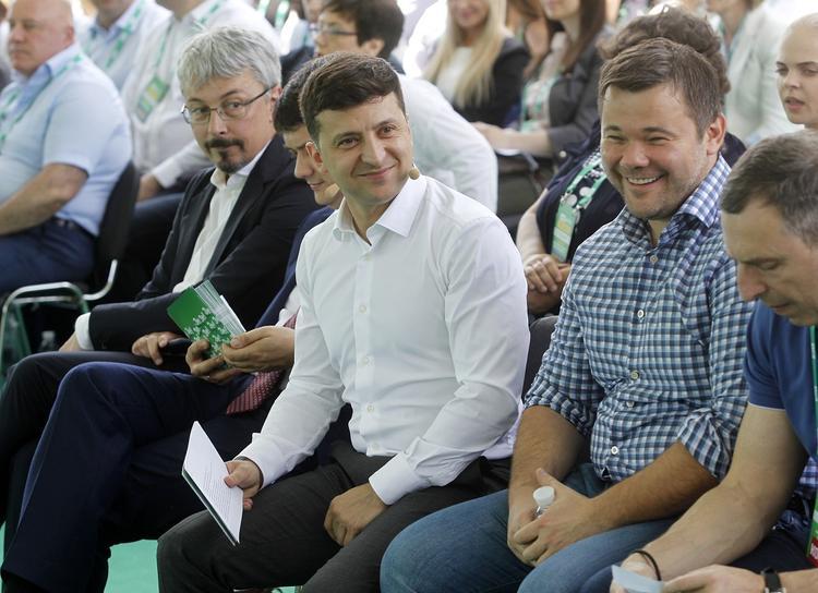 Украине предрекли «тотальную трагедию» из-за успеха на выборах партии Зеленского