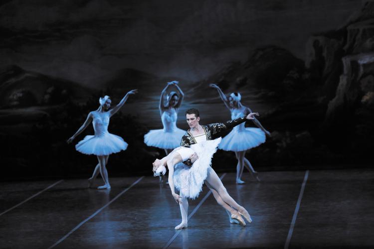 Балетные хиты на Театральной площади