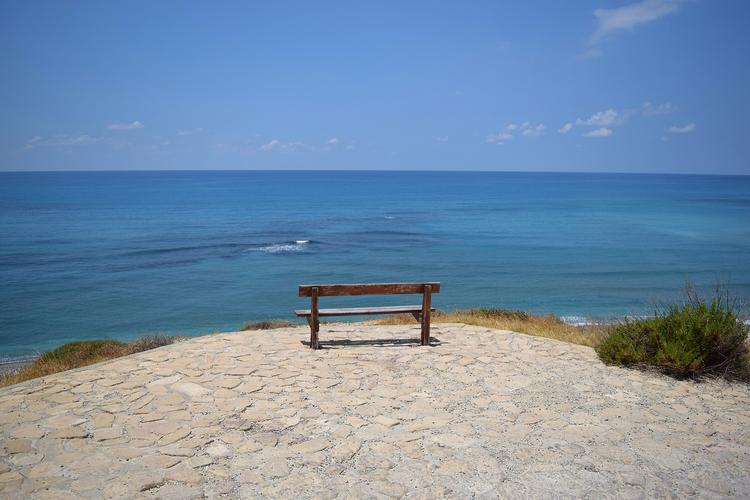 На Кипре упал и взорвался неопознанный объект