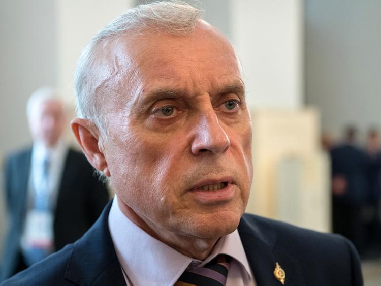 «В одном бронежилете можно вынести пачку в 500 тысяч рублей»