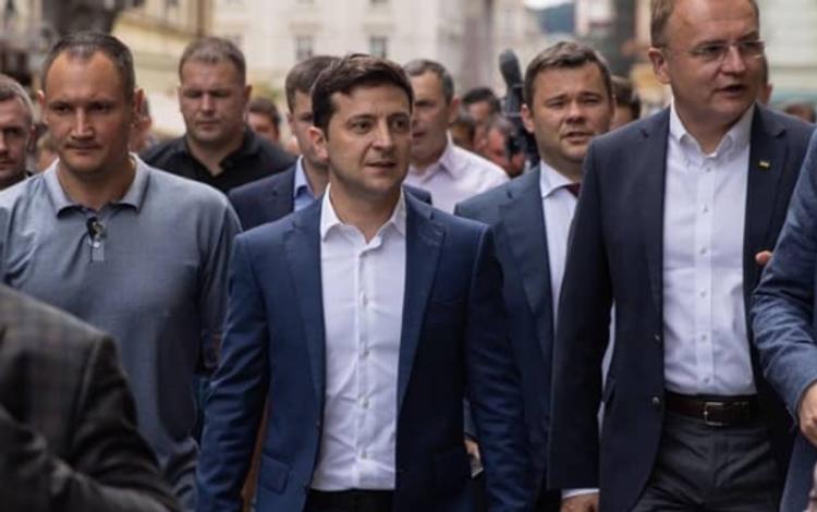 Зеленский позвал Путина «поговорить»