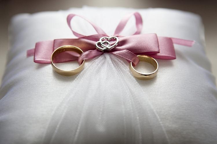Роза Сябитова объяснила, почему большинство россиян считают регистрацию брака обязательной