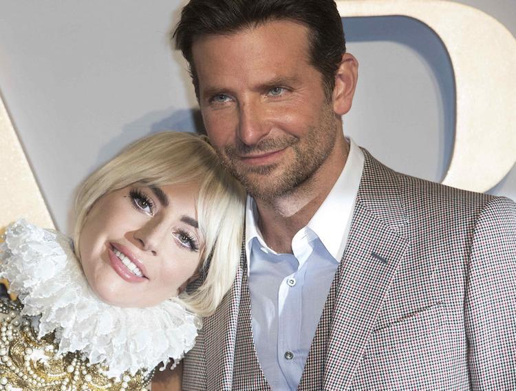 СМИ утверждают, что Леди Гага переехала к Брэдли Куперу