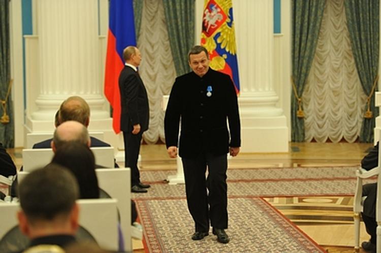 """""""Очевидно, что за Зеленским Запад присматривает"""", - Соловьев высказался по критике G7 планов Зеленского люстрировать Порошенко"""