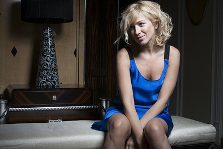 Актриса Ирина Гринева специально голодает семь дней, а мечтает о простом огурце