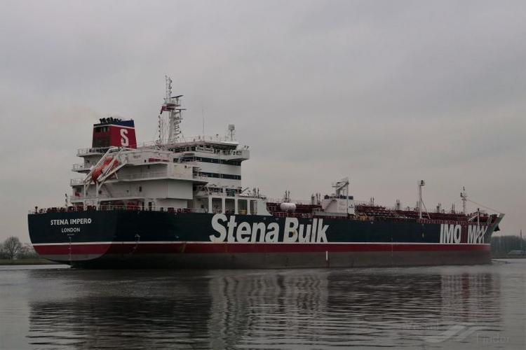 На борту задержанного Ираном британского танкера Stena Impero находятся трое граждан России
