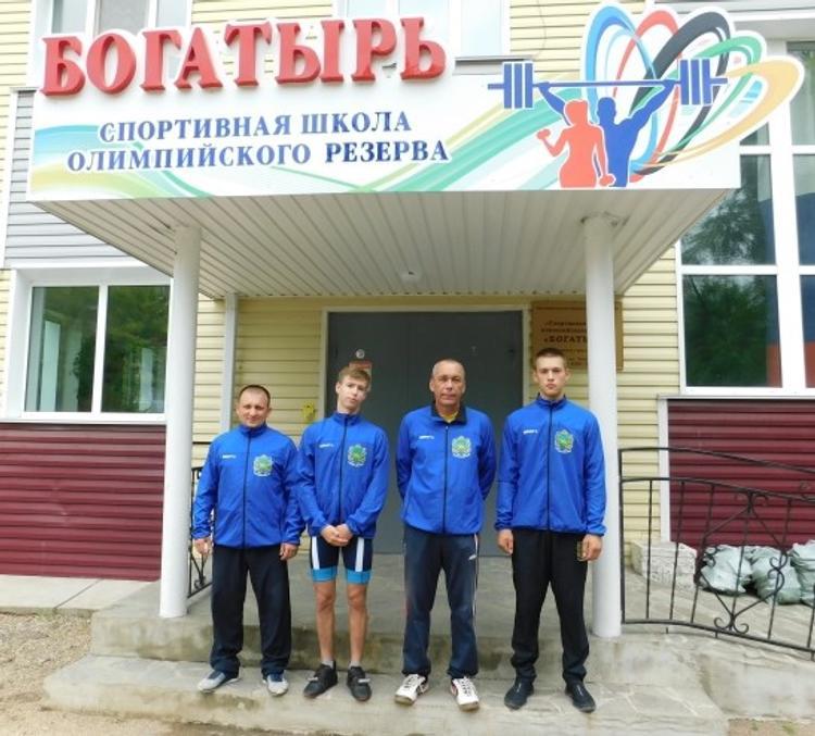 Арсеньевские тяжелоатлеты выступили на IX летней Спартакиаде учащихся России