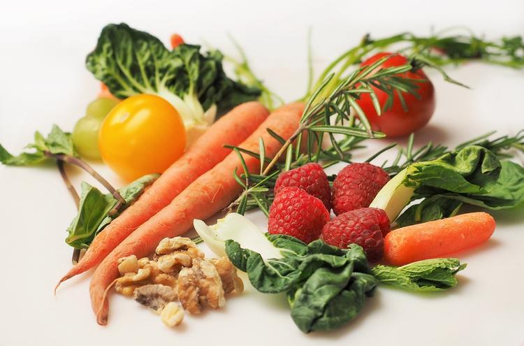 Врач перечислила тех людей, которым могут навредить овощи
