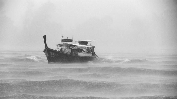 Яхта «Крейсер» терпит бедствие в Белом море