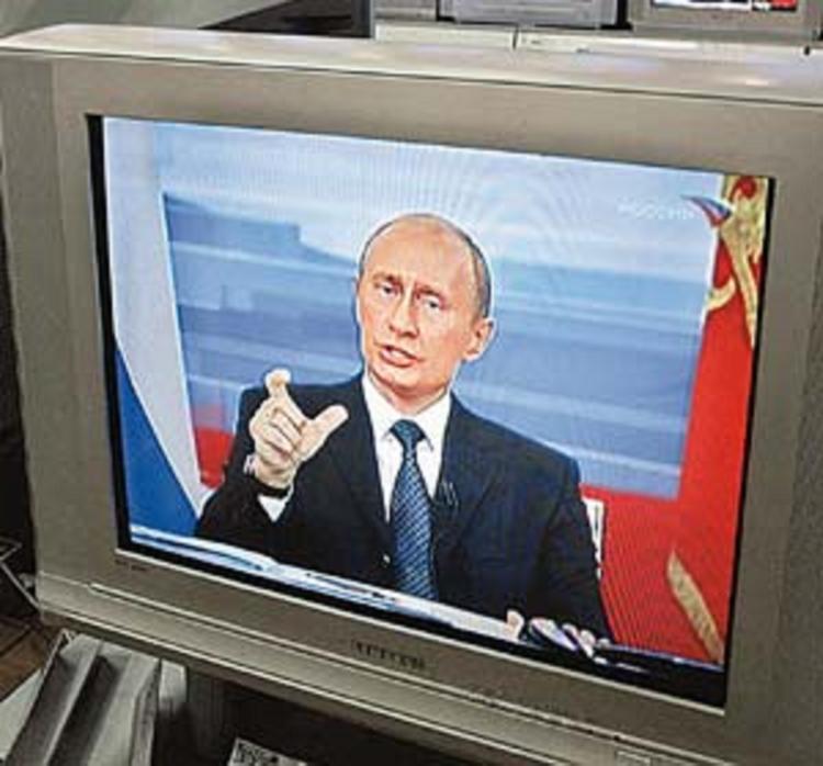 В столице в четверг экстренно прервали эфиры федеральных каналов из-за шторма