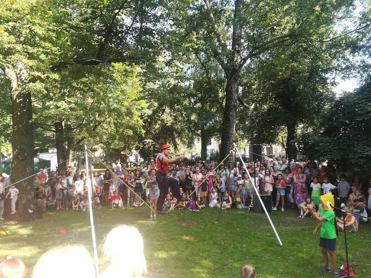 Праздник Риги: пикник, цветы, городские легенды