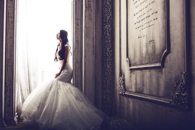 Почему в России стали реже жениться?