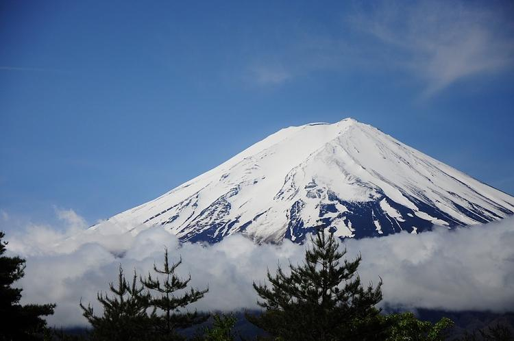Россиянка погибла при восхождении на гору Фудзи в Японии