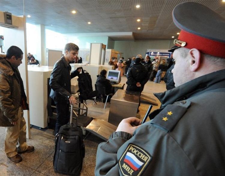 В российских аэропортах появится система распознавания лиц