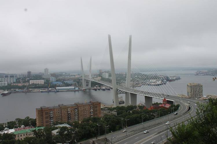 Ливень привел к транспортному коллапсу во Владивостоке