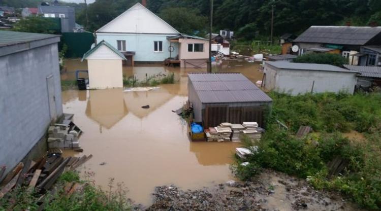 Режим ЧС ввели во Владивостоке из-за сильных дождей