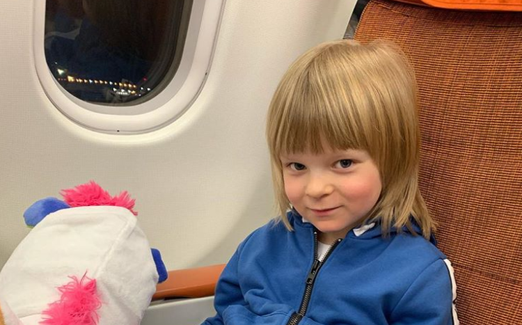 Рудковская и Плющенко не станут отдавать сына в школу
