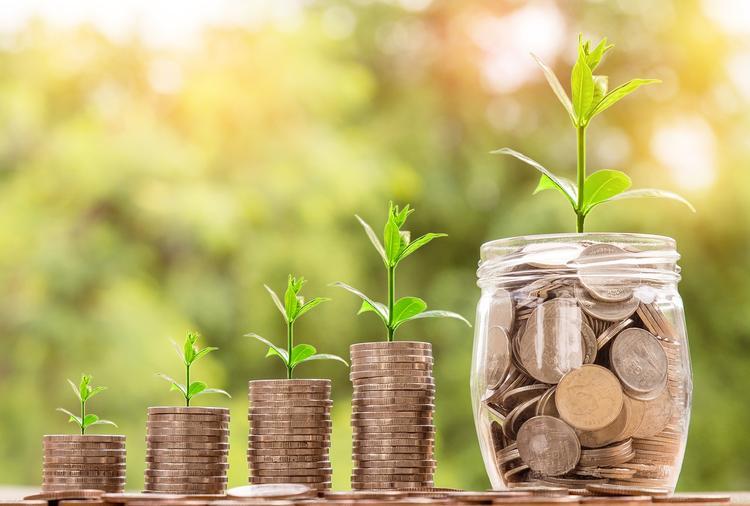 В ПФР решили пересмотреть систему выплат накопительной пенсии