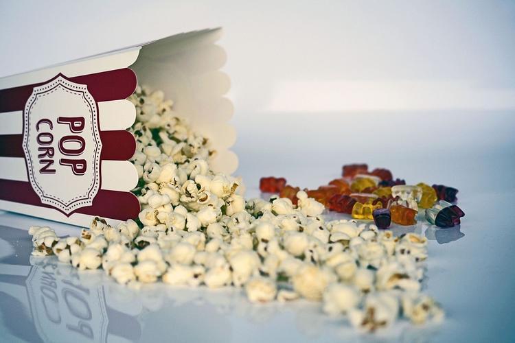 Жителям Карабаша в день выборов подарят билеты в кинотеатр